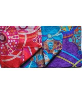 Grandes bufanda de seda con lunares y flores