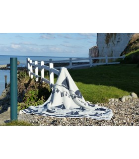 Pure cotton luxurious throws with patterns