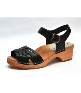 Sandales suédoises basses en bois et cuir tannage végètal
