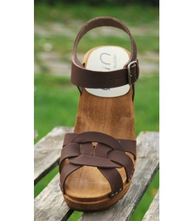Sandales suédoises femme boucle talons bois en cuir suède brun