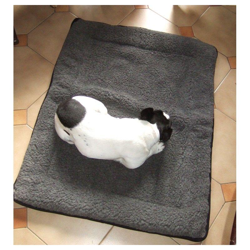 tapis coussin pour chien 50x70 cm dans l 39 esprit nordique. Black Bedroom Furniture Sets. Home Design Ideas