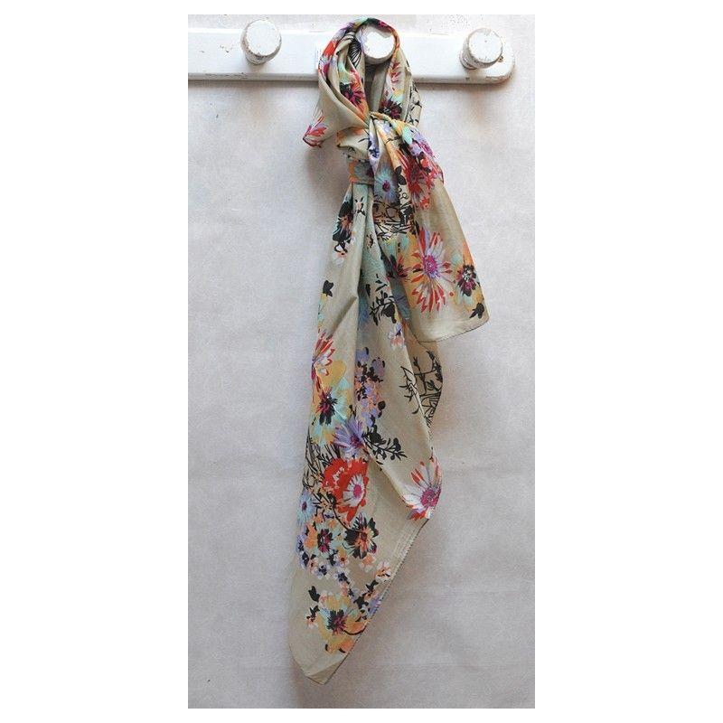38a058d72116 Grand foulard beige pure soie bouquet de fleurs - Esprit Nordique