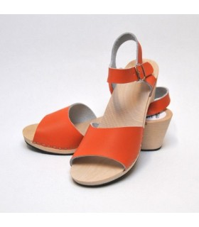 Swedish woman Sandals leather and wood high heel