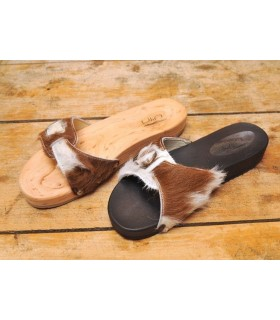 Claquettes femme en bois et cuir sauvage bicolore