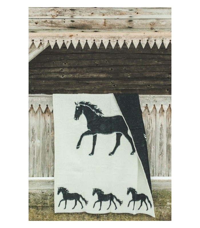 Throw in pure new wool pattern horse