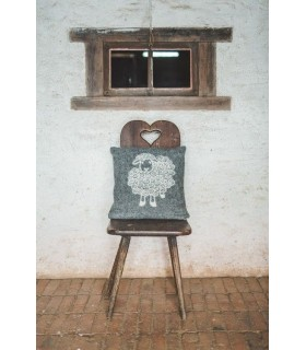 Nordic Cushion cover pure new wool sheep design
