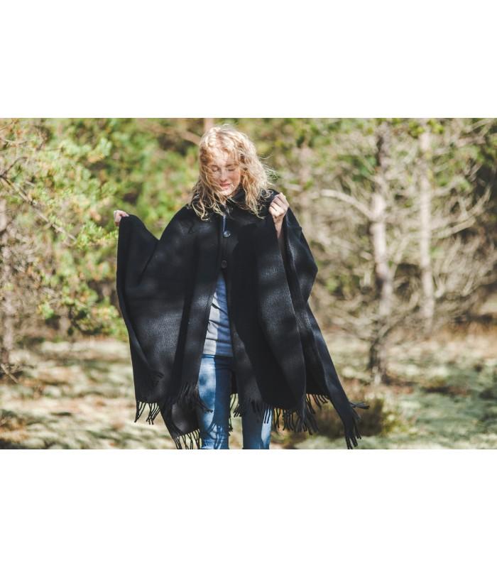 Cape manteau en pure laine vierge col et boutons