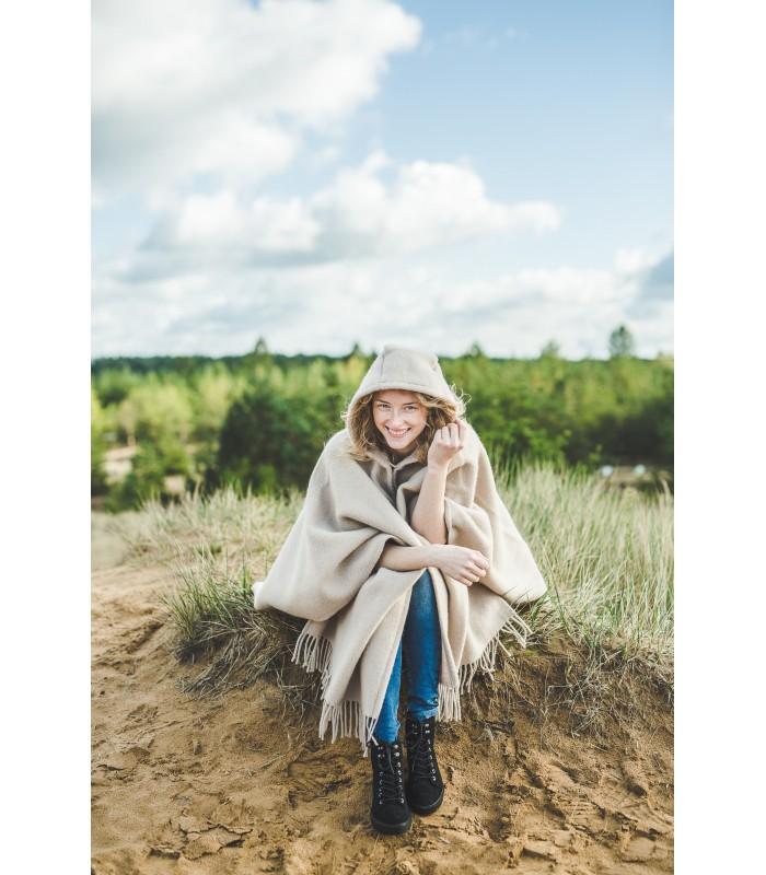 Cape en pure laine vierge à capuche