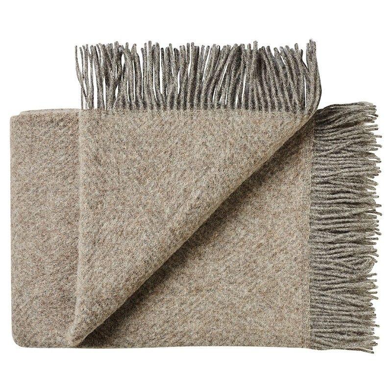 plaid chevron en pure laine vierge scandinave. Black Bedroom Furniture Sets. Home Design Ideas