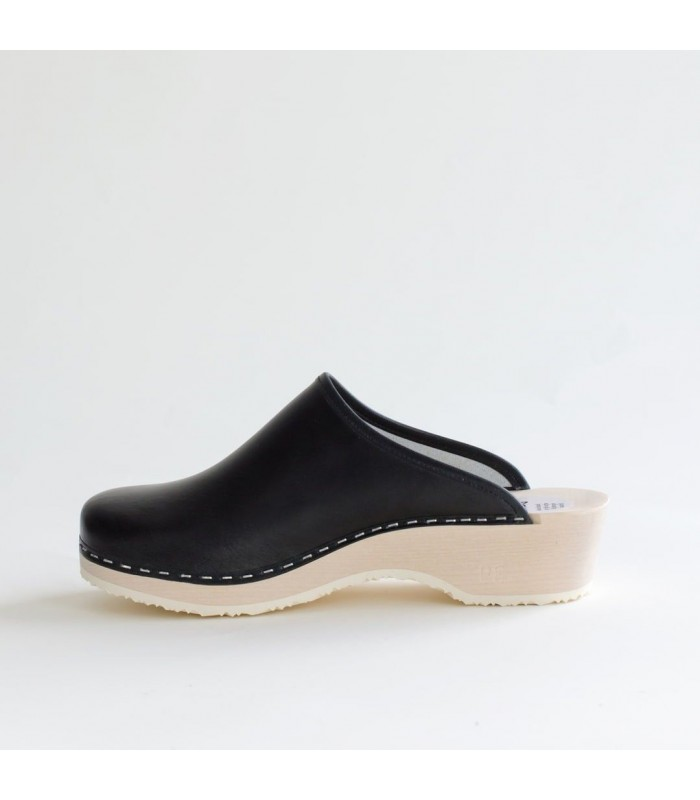 Finnish wood and leather Clogs Talla
