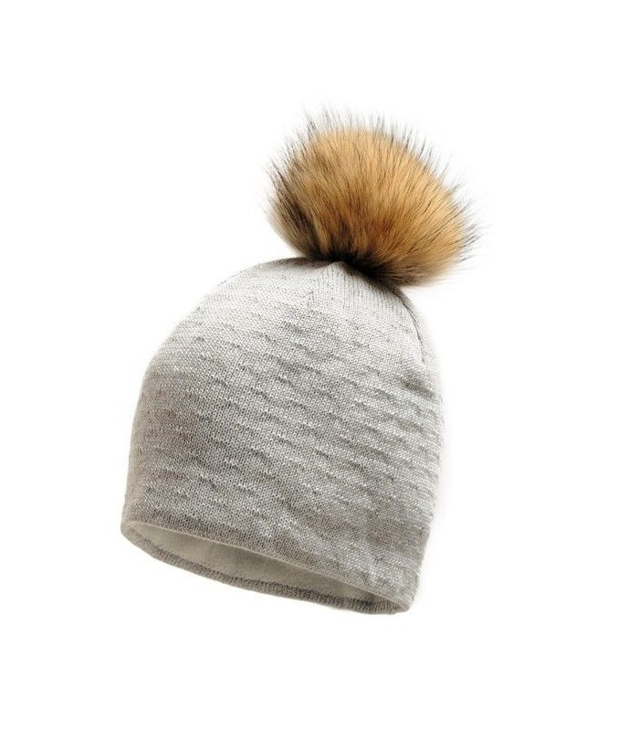 Women in wool and fur Pompom Hat