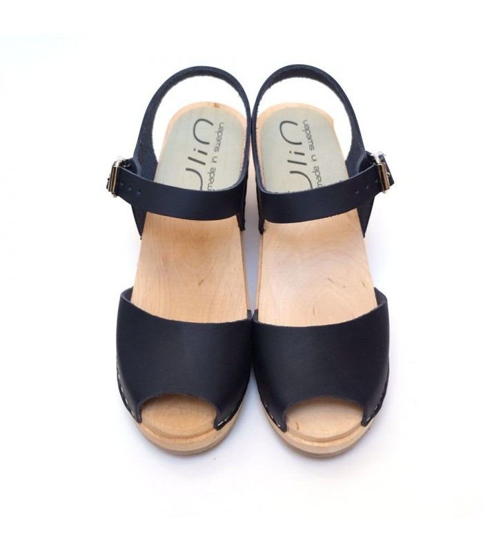 Sandals Swedish woman wood leather bare feet heels